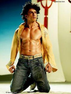 Shah Rukh Khan 's ( @Omg SRK ) Sexy photos || #SRK #OSO pic.twitter.com/copqVpmoAD
