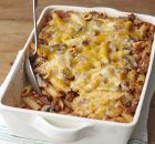 Enjoy comfort food at its most delicious with this Cheesy Pasta Bake recipe. With cheddar, mushrooms, bacon & spaghetti, this Cheesy Pasta Bake is amazing. Kraft Foods, Kraft Recipes, Baked Pasta Recipes, Beef Recipes, Italian Recipes, Cooking Recipes, What's Cooking, Baked Penne, Cheese Recipes