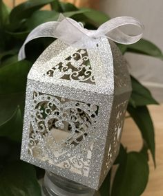 Wedding Gifts For Guests - Heart Laser Cut Silver Glitter Favor Boxes Sparkle and Shine Party Favors wedding Favor Boxes,Wedding Gift Boxes,Candy Packaging Box Flashing paper silver/Gold color on the photo,Ribbon is white color;The pcs/oppbag; Candy Wedding Favors, Wedding Favor Boxes, Wedding Favors For Guests, Wedding Gifts, Favour Boxes, Favor Bags, Gift Bags, Wedding Cake, Candy Packaging