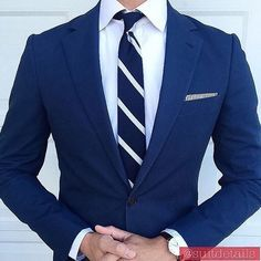 Suits and Blazers Mens Fashion Suits, Mens Suits, Navy Blue Suit, Blue Suits, Moda Formal, Classy Men, Classy Style, Designer Suits For Men, Stylish Mens Outfits