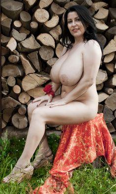Men Tricks Women To Strip Naked