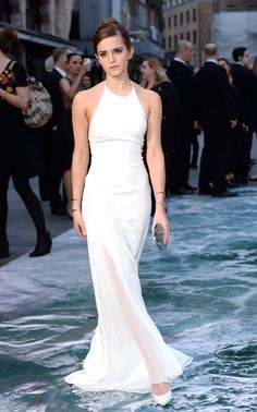 Pin for Later: All The Reasons Why Emma Watson is Real Life Magic Also, look at her walking on water like a goddess. Emma Watson Beautiful, Emma Watson Sexiest, Emma Watson Red Carpet, Emma Watson Estilo, Red Carpet Looks, Teen Vogue, Bridal, One Shoulder Wedding Dress, Celebrity Style