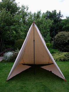 The Woodsman Tarp Tent can be pitched in numerous ways. Any rectangular tarp can be folded and set into this half pyramid. Note The front does u2026 & The Woodsman Tarp Tent can be pitched in numerous ways. Any ...