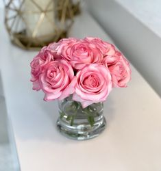 Hottest Pictures Pink Roses arrangement Ideas Blooms are usually a perfect manner to talk about someone's feelings. For hundreds of years, red roses incl Faux Flowers, Red Flowers, Pink Roses, Pink Flower Arrangements, Baby Shower Garland, Rose Centerpieces, Blush, Greenery Garland, Roses