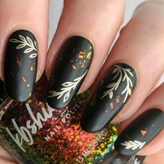 """Hey friends! Here is a design using my very favorite topper from @kbshimmer called """"Take It Or Leaf It"""". Throw in some gold stamping and a matte black base and I think this is a great late fall look. Let me know what you think! 😊 Nail Art Diy, Easy Nail Art, Cool Nail Art, Diy Nails, Simple Nail Art Designs, Cute Designs, Nail Designs, Christmas Nail Art Designs, Christmas Nails"""