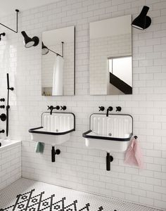 「tile accent  bathroom white brooklyn」の画像検索結果