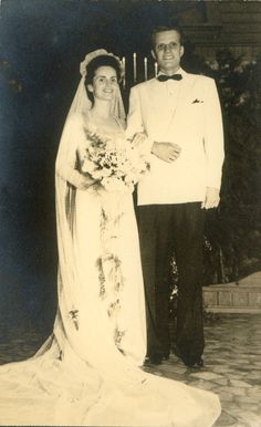 Billy and Ruth Graham on their wedding day 1943.  They were married 64 yrs when she passed away in  2007.