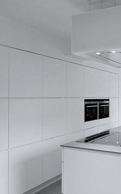 Modern Luxury Kitchens For A Grand Kitchen Elegant Kitchens, Luxury Kitchens, Architecture Design, Luxury Kitchen Design, Minimalist Kitchen, Traditional Decor, Eclectic Decor, Modern Luxury, Modern Furniture