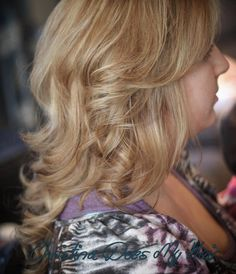 #christinadoesmyhair #schwarzkopf #schwarzkopfprofessional #igoraroyal #blondme #hairtrends #hairstyles #haircolor #haircolour #hair #balayage #hairpainting #blonde #longhair #windsor #windsorontario