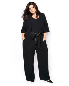 Say goodbye to Monday fashion dilemmas! This stylish plus-size jumpsuit from…