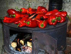 :) Serbian Recipes, Hungarian Recipes, Serbian Food, Hungarian Food, Macedonia, Bon Appetit, Turkey, Food And Drink, Stuffed Peppers