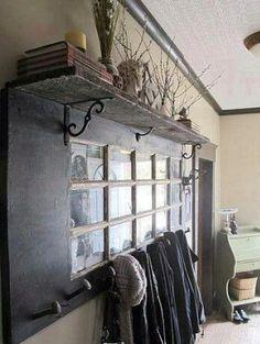 Zo leuk...glazen deur met foto s....als kapstok......super!!!!!