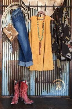 - Faux suede mustard dress - Crew neck - Sleeveless - Slight drop armholes for nice fit that's not tight - Nice weight and flow that lays nice next to the frame - Lots of extra fabric for a flirty flo