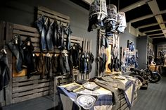 PANORAMA Berlin 2015 Winter – CAMP DAVID & SOCCX DENIM store design. Visual merchandising. Retail store display. Men's clothing.