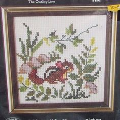 Nuthatch Winter Buttons /& Beads Counted Cross Stitch Kit-5x5 14 Count