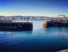 Mornings next to the sea #sansebastian #port #morning #sunrise #blue #sea #ocean #smartsansebastian #tradition #culture #architecture #donostia #city #basquecountry #nature #enjoy #life #full #energy #tuesday #sun #sunny #clean #sky #gipuzkoa_turismo #visiteuskadi #instapic #instagramers #dss2016 por smartsansebastian