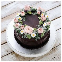 592.9k Followers, 455 Following, 2,182 Posts - See Instagram photos and videos from Por Any de Lucca (@cakes_ideas_videos)