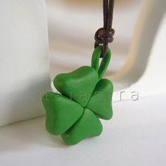 colgante trébol de maiastra  //  clover necklace by maiastra