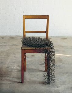Image discovered by Find images and videos about photography, sculpture and günther uecker on We Heart It - the app to get lost in what you love. Op Art, Found Object Art, Art Object, Atelier Theme, Chair Design, Furniture Design, Art Conceptual, Inspiration Artistique, Assemblage Art