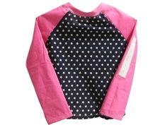 Süsse LA Shirt im Raglan Schnitt für kleine Girly´s. Es besteht aus Baumwollstoffen und einer Applikation am Ärmel, die ist aus Filz.    *Hinweis: Im