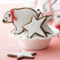 Gingerbread Polar Bears and Frosted Stars Recipe - Woman's Day Edible Christmas Gifts, Christmas Goodies, All Things Christmas, Christmas Baking, Diy Christmas, Xmas, Christmas Candy, Christmas Desserts, Christmas Treats
