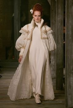 Shown at Linlithgow Palace (just west of Edinburgh), Lagerfeld took cues from the monarch (who was also French by marriage) with demi-leg-o'-mutton sleeves and richly embellished fabrics. - Photo: Kim Weston Arnold and Yannis Vlamos/Indigitalimages.com