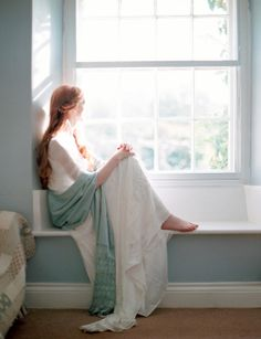Jane Austen styled wedding inspiration - Wedding Sparrow