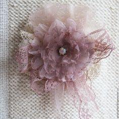 Купить Текстильная брошь в стиле бохо-шик Утренний сон - бежевый, бохо-шик, воздушность