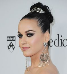 Katy Perry Is Heading Into Fashion! Get the Scoop on Her Affordable Shoe…