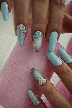 +40 Nails of a Sky-Blue Color For Summer 2018