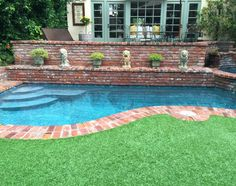Faux Turf – Artificial Grass ~ A Guide http://mysoulfulhome.com/faux-turf-artificial-grass-a-guide/ via bHome https://bhome.us