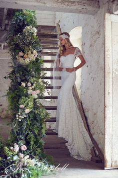 Anna Campbell Forever Entwined Neuste Spitze Hochzeitskleider Kollektion Meerjungfrau elegant Vintage Abendkleider http://www.weddingmusicproject.com/#all http://weddingmusicproject.bandcamp.com/album/bridal-chorus-variations