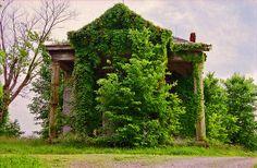 Dilapidated Mansion by jrophoto, via Flickr