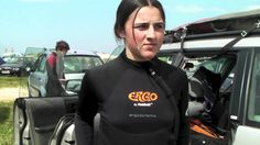 PaddleAir is used by surfers around the world.  This video is from SportHiTec in Spain demonstratinf the second-generation PaddleAir Ergo short sleeve paddlewear.  It's in Spanish