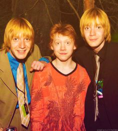 Rupert Grint, James and Oliver Phelps Harry Potter Icons, Harry Potter Pictures, Harry Potter Hermione, Harry Potter Love, Harry Potter Characters, Harry Potter Universal, Harry Potter Fandom, James Potter, Fred Y George Weasley