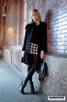 STREET FASHION STYLE: A San Francisco and New York Street Style Blog (SF to NYC!): Houndstooth Dress   Black on Black   Satchel