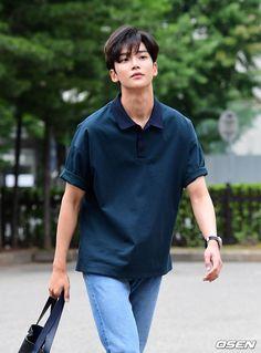 Oppa Ya, Cute Asian Guys, Sf 9, Kdrama Actors, Beautiful Person, Lee Min Ho, Boyfriend Material, Handsome Boys, K Idols