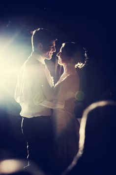 Beautiful photograph of a beautiful couple! Love this! #Minnesota #weddings #photography
