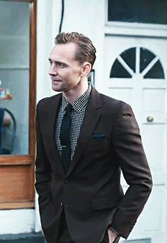 """""""And yet here he is, a sweet-natured bookworm trapped in the second act of a movie where the overlooked geek has been given the face and body of the only man who should ever be allowed to wear a suit (or jeans, or that long-sleeve navy T-shirt he wore when we had dinner)."""" (http://www.gq.com/story/tom-hiddleston-cover-profile )"""