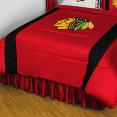 1000 images about blackhawks bedroom decorating on for Chicago blackhawk bedroom ideas