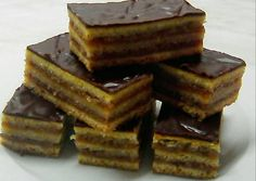 Zserbo Recipe, Hungarian Recipes, Deserts, Cooking Recipes, Sweets, Candy, Chocolate, Winter, Dios