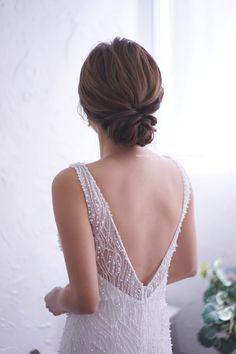 Wedding Hair Pins, Bridal Hair Vine, Wedding Hair And Makeup, Hair Makeup, Wedding Stuff, Wedding Dress, Evening Hairstyles, Veil Hairstyles, Wedding Hairstyles