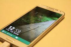 Bocoran Antar Muka TIZEN 3.0 Pada Perangkat Galaxy S4 - http://www.technologyka.com/technology/bocoran-antar-muka-tizen-3-0-pada-perangkat-galaxy-s4.php/7774720 - TeknoFlas.com – Pihak Samsung semakin memperlihatkan keseriusanya dalam menggarap OS Tizen mereka, setelah beberapa saat yang lalu muncul bocoran video smartphone dengan OS Tizen, baru-baru ini kembali muncul bocoran perangkat dengan OS Tizen di media. OS Tizen rencananya akan diluncurkan pada...