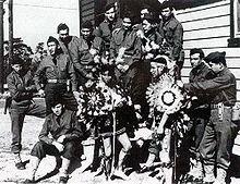 """"""" code talkers"""" utilisation des langues de """"native américans""""pour l'envoi de messages codés dès la première guerre mondiale. Wikipédia"""