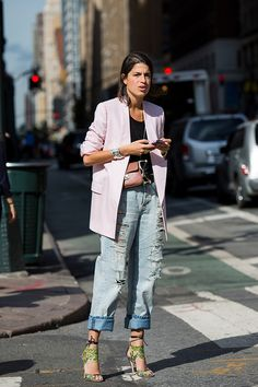 Is Leandra Medine the new Carrie Bradshaw? Daily Fashion, Fashion 2017, Look Fashion, Trendy Fashion, Fashion Outfits, Fashion Weeks, Milan Fashion, Womens Fashion, Leandra Medine