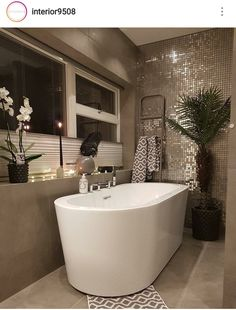 - Architecture and Home Decor - Bedroom - Bathroom - Kitchen And Living Room Interior Design Decorating Ideas - Kitchen And Bath Design, Bathroom Design Luxury, Bathroom Interior, Modern Bathroom, Small Bathroom, Bathroom Closet, Modern Interior Design, Interior Design Living Room, Interior Decorating