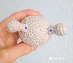 Designed with a colorful shell, this snail amigurumi pattern needs only a little yarn - great for using up oddments! Try this quick and rewarding project! Tentacle, Snail, Crochet Hats, Toys, Projects, Pattern, Blog, Amigurumi, Knitting Hats