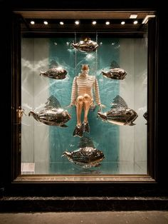 Moncler Windows 2015 Spring, Paris – France » Retail Design Blog