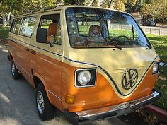 Volkswagen : Bus/Vanagon Deluxe 82 Custom 18 Window Suoof - http://mostbidded.com/ads/volkswagen-busvanagon-deluxe-82-custom-18-window-suoof