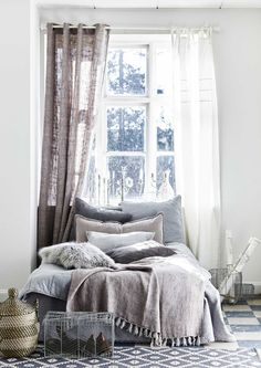 Broad selection of home decor and high quality design products for the living room, kitchen, bathroom, bedroom and a large selection of furniture, artificial flowers and candles. Cozy Bedroom, Bedroom Inspo, Dream Bedroom, Bedroom Decor, Light Bedroom, Trendy Bedroom, Grey Bedding, Luxury Bedding, Linen Bedding